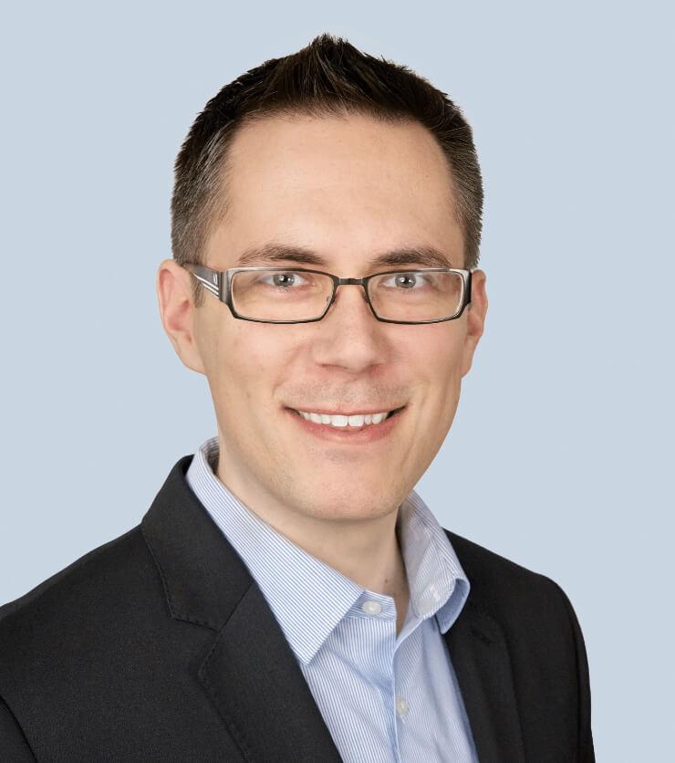 Headshot of Justin Tischler.