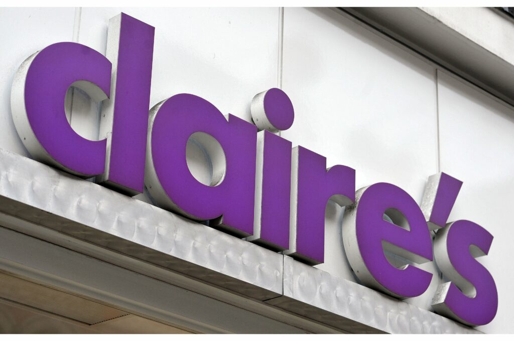claire's storefront